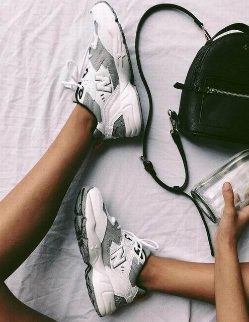 精选New Balance男女运动鞋 6折 53.99加元起优惠!