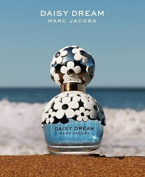 Marc Jacobs蓝色梦境 小雏菊香水套装 99.43加元,原价 153.64加元,包邮