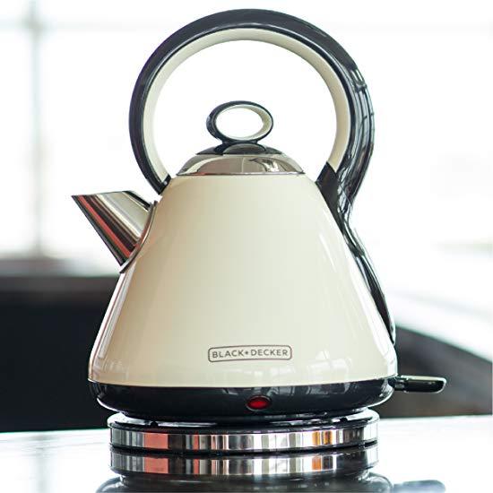 历史最低价!Black & Decker KE2900CRC 高颜值 不锈钢复古电热水壶5.6折 30加元!
