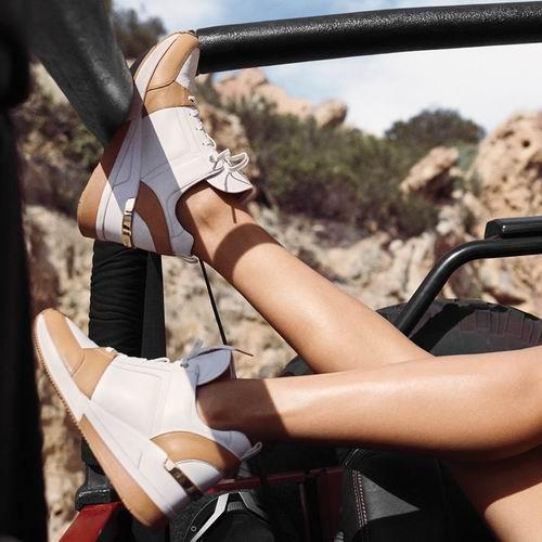 MICHAEL KORS皮质运动鞋、平底鞋、凉拖、高跟鞋 5折 29加元起!