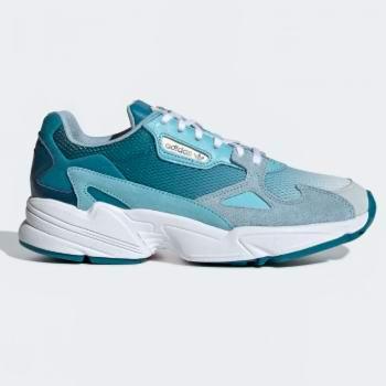 adidas大促上新,速抢!破门抢购区2.4折起,Outlet区3.5折起+额外6折,新品6折!封面易烊千玺同款Ozweego复古鞋6折!