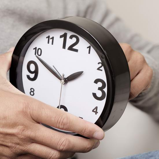 2020年冬令时就要来了!11月1日(周日)可以多睡1小时!