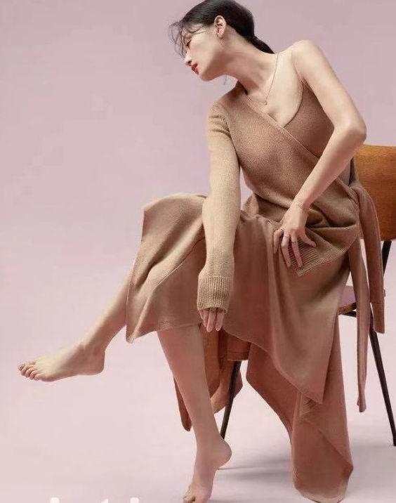 Michael Kors 女士时尚羽绒服、毛衣、连衣裙 、夹克 4折起优惠!内有单品推荐!