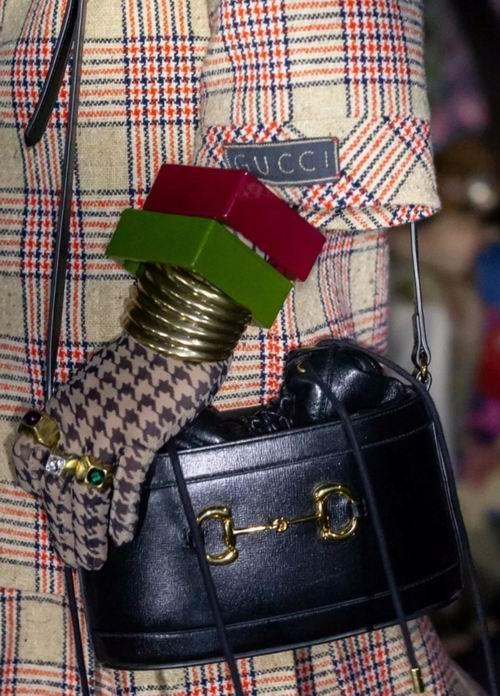 杨幂同款!Gucci 1955 Horsebit 复古水桶包 2465加元热卖!