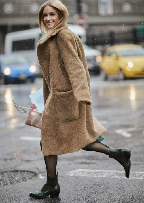 澳洲品牌 Bardot蕾丝连衣裙、泰迪熊大衣、毛衣 4折起+额外7.5折 ,封面款131.25加元