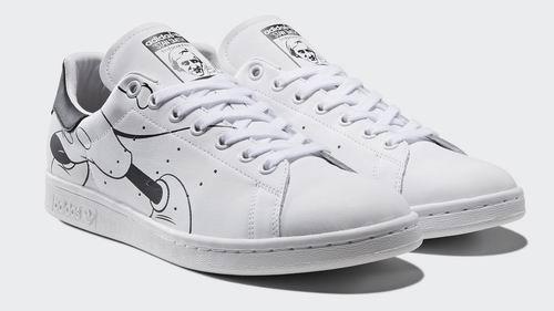 Disney x adidas Originals Stan Smith 合作 经典黑白米奇老鼠小白鞋 160加元热卖!