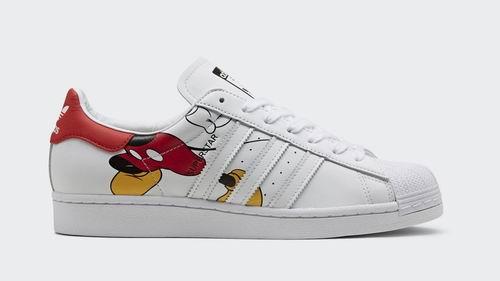 Disney  x adidas Originals Superstar 合作 米奇老鼠经典小白鞋 160加元热卖!