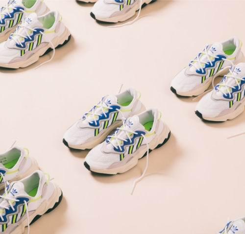 白菜速抢!SSENSE精选 adidas Originals 三叶草 卫衣、运动裤、运动鞋、配饰2.5折起,运动鞋低至35加元! Ozweego 运动鞋54加元