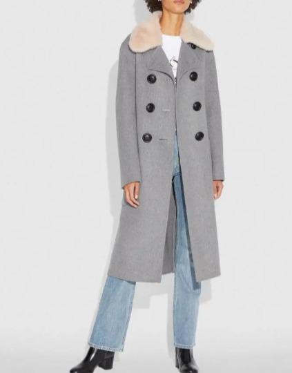 Coach 豪华可拆卸羊毛领+双排扣束腰羊毛大衣 3折 450加元,原价 1500加元,包邮