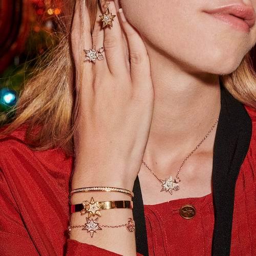 Coach 月亮星星耳环、项链、手链 5折起+额外7折,折后低至 22.75加元