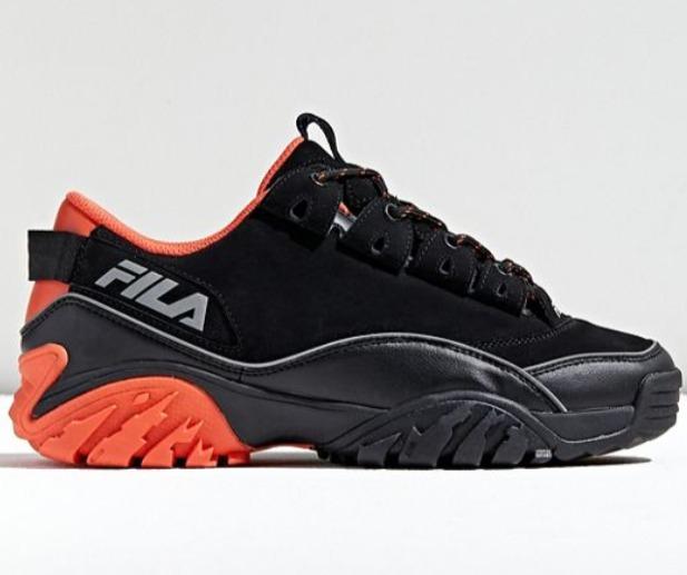 精选adidas 、Champion 、I.AM.GIA 、FILA、Skechers、Sorel等潮款服饰、运动鞋、美包 4.4折起+额外8折