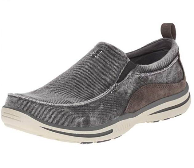 Skechers  Elected男士乐福鞋 33.23加元(7.5码),原价 87.36加元