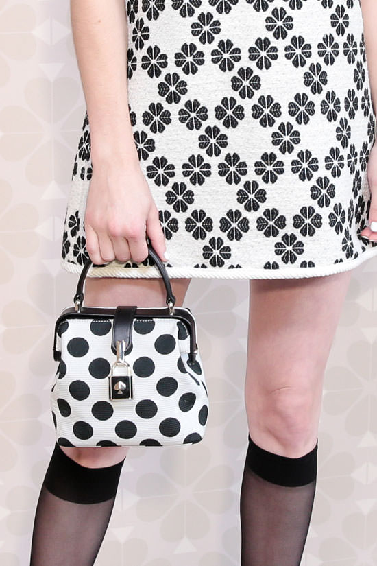 精选 Kate Spade 时尚美包、饰品、厨房用品、睡衣 4.8折起优惠!封面款178.8加元