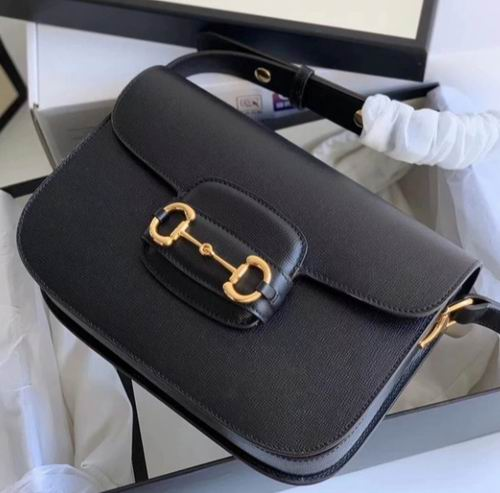Gucci GG 1955 Horsebit 复古单肩包 2595加元,官网价 3095加元,包邮