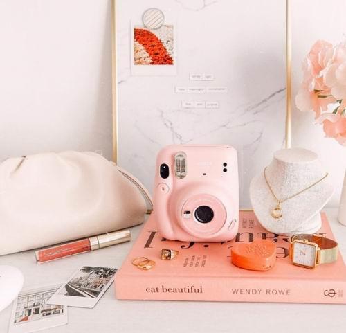 新一代 Fujifilm Instax Mini 11 拍立得相机 79.98加元包邮!新增自动曝光,柔雾粉狙击少女心!3色可选!