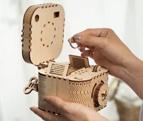 ROKR 创意DIY 3D 木制密码百宝盒拼图 43.99加元,原价 49.99加元,包邮