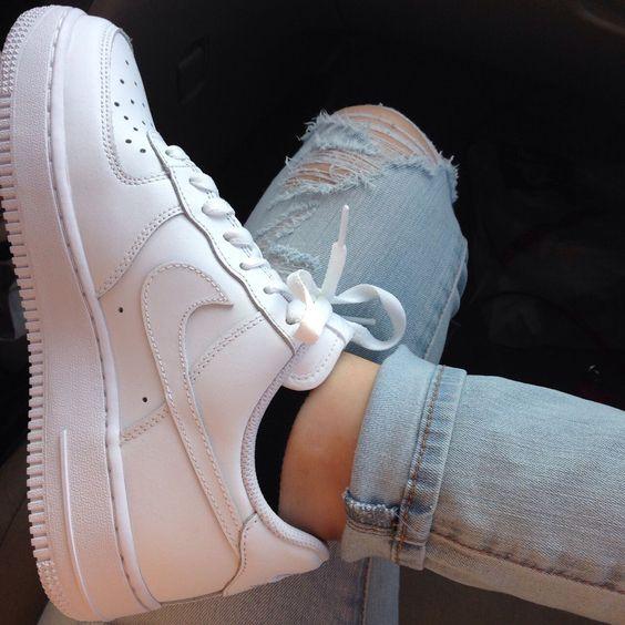 Nike Shadow Air Force 1 女士空军一号小白鞋 8.5折 123.25加元+包邮