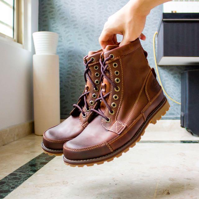 Timberland EK Original男士短靴 5.4折 116.54加元(6.5码),原价 215.99加元,包邮