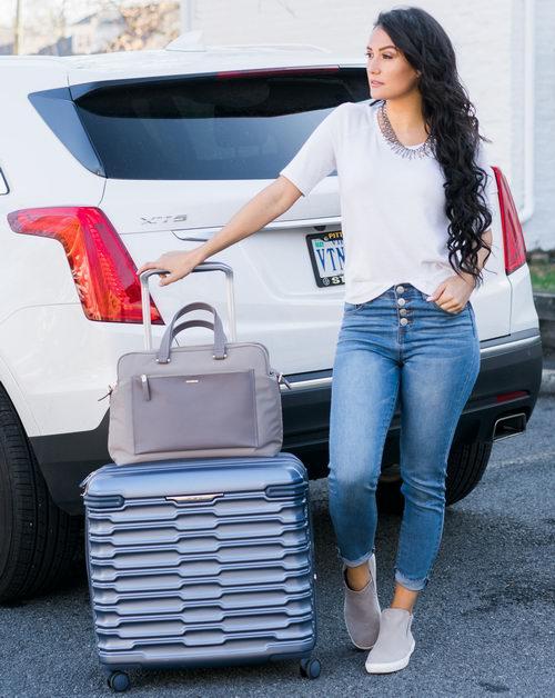 史低价!Samsonite Stryde 26英寸硬壳拉杆行李箱 148.62加元,原价 380加元,包邮
