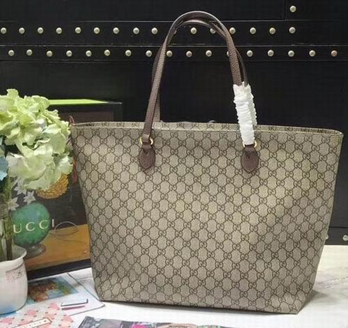 Gucci 经典GG Ophidia 托特包 1155加元,官网价 1300加元,包邮
