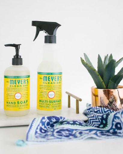 Mrs. Meyer's 天然多用途清洁剂 473毫升 5.97加元 多种味道可选