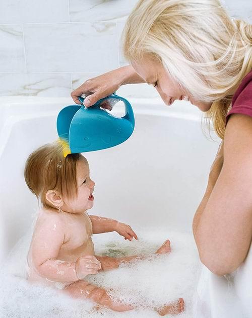 宝宝洗头神器!Skip Hop 白鲸瀑布淋浴器 11.19加元,原价 13.99加元