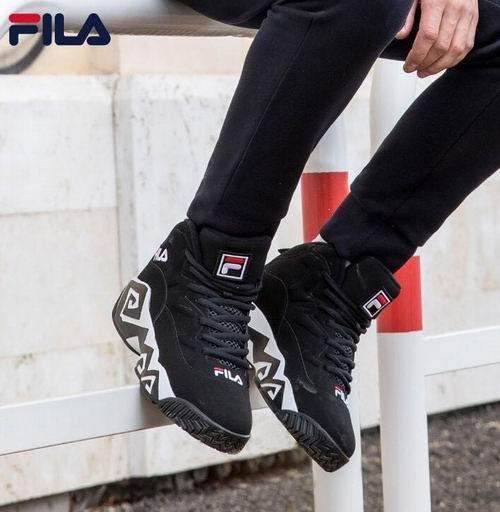 Fila Mb男士时尚厚底运动鞋 94.9加元起(8/8.5/9/10.5码),原价 166.51加元,包邮