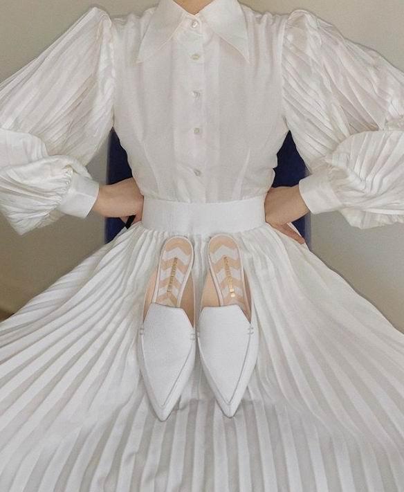 优雅时尚!精选 Nicholas Kirkwood珍珠鞋、休闲鞋、穆勒鞋 3折起!乐福鞋255加元!