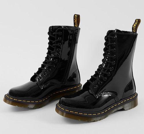 Dr. Martens 1490 Combat女士经典马丁靴 166.22加元(7/9码),原价 225.38加元,包邮