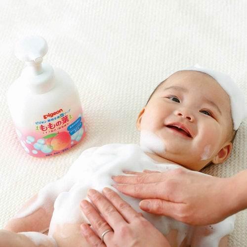 日亚直邮:Pigeon 二合一宝宝洗发沐浴露 450毫升× 2瓶 40.66加元(含关税及运费)