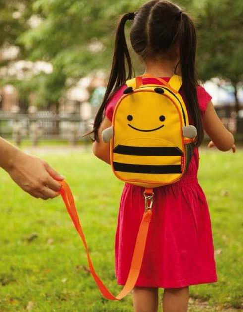 Skip Hop 宝宝蜜蜂造型防走失背包 16加元,原价 24.95加元