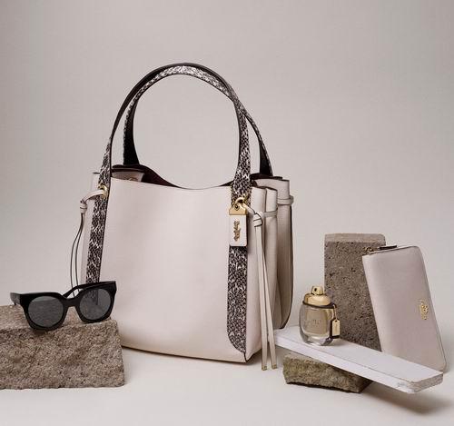 大量新款加入!Coach Outlet精选时尚美包、美鞋、美衣2.5折起+额外9折+包邮无关税!