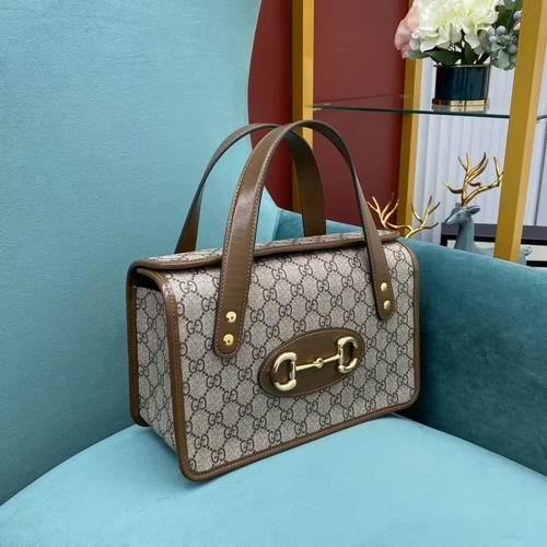 Gucci 1955 双GG Supreme 复古手提包 1855加元,官网价 2095加元