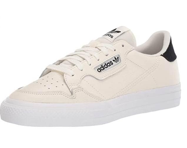 adidas Originals中性运动鞋 50.88加元(7码),原价 110加元,包邮