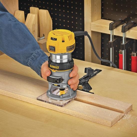近史低价!DEWALT 得伟 DWP611 1.25 HP 变速紧凑型LED木工雕刻机/修边机/锣机 139.99加元包邮!