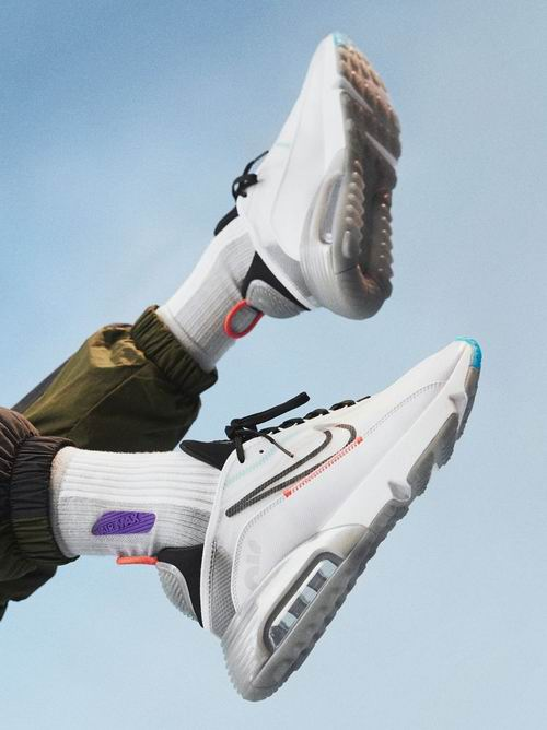 Nike时尚百搭运动服饰、运动鞋5折起 :Air Max 200女士运动鞋 99.99加元