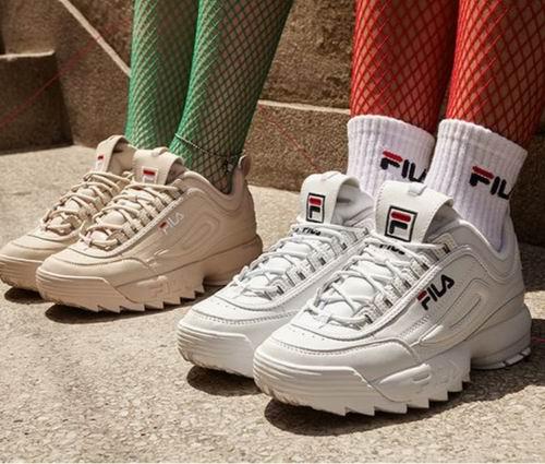 节礼周大促:精选adidas、Fila等休闲运动品牌 4折起!R.Y.V.男士卫衣 66加元、NMD_R1男士运动鞋 102加元