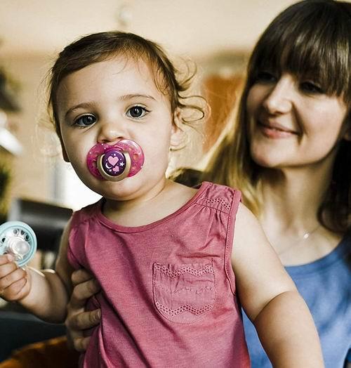 精选多款Tommee Tippee 仿母乳造型 宝宝安抚奶嘴 5.97加元,原价 7.99加元