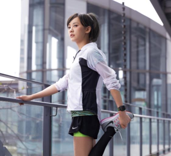 Nike专业运动跑鞋、运动服饰 5.5折起:Air Zoom Structure 22男士跑鞋 99.99加元