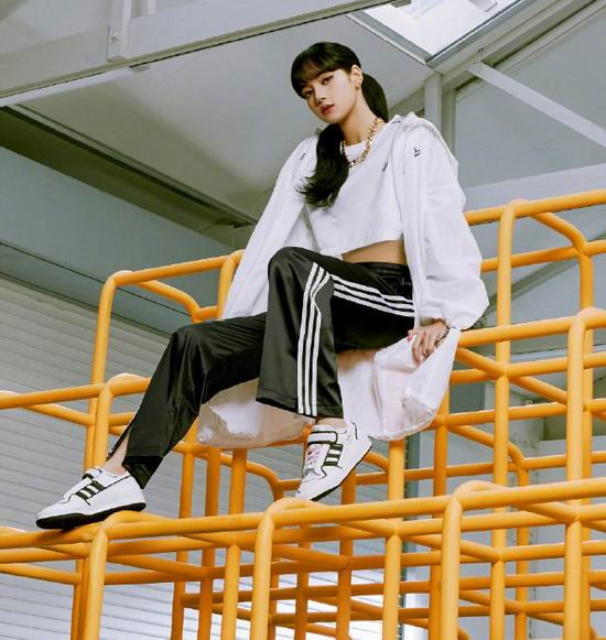 adidas originals时尚潮款运动服、运动鞋6折起+额外7.5折!运动鞋$34、T恤$14、卫衣$34!