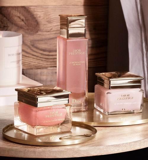 Dior 迪奥 彩妆护肤、香水产品9折优惠!入迪奥超完美持久亮采饼