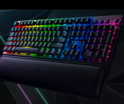 Razer BlackWidow V3 Pro无线游戏键盘 265.8加元(原价 319.99加元),另一款BlackWidow V3有线键盘137.4加元