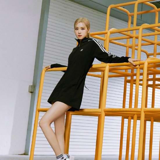 白菜最后一天!adidas官网大促!精选运动鞋、运动服4折起+额外6折,新品也打折!入NMD运动鞋、贝壳鞋、凉拖鞋!