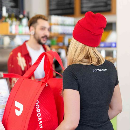 DoorDash 外卖送餐 新用户前三单满25加元立减15加元!部分用户自取5折!