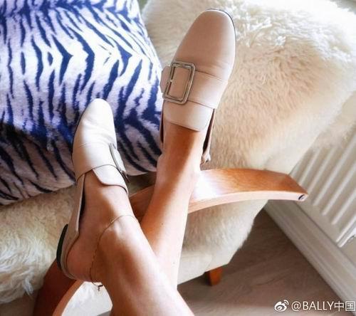 Bally Janelle方扣乐福鞋 全场6折+无关税无消费税,入唐嫣同款!
