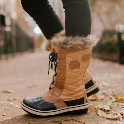 最后一天!The Bay官网大促,清仓区全场2折起+额外8折!抢冰熊雪地靴、UGG雪地靴、马丁靴、猩猩背包、夏季服饰、凉鞋!
