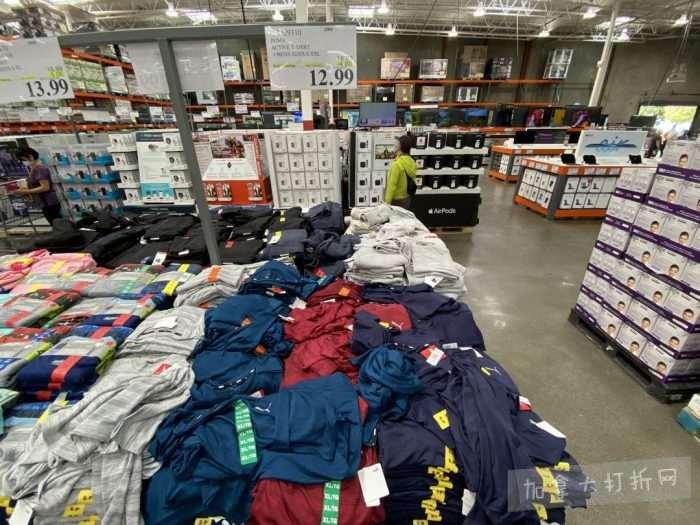 独家!【加西版】Costco店内实拍,有效期至7月25日!Champion T恤.99、Puma运动鞋.97、枕头2件套.99、破壁机9.99、浴室架.99、浴帘.97!