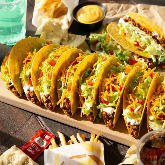 Taco Bell 塔可贝尔 明天(8月11日) 免费赠送墨西哥牛肉玉米卷饼!