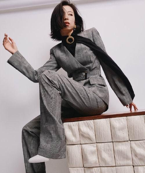Michael Kors 时尚服饰4折起:T恤 52加元、长袖连衣裙 89加元、运动衫89加元、西装149加元